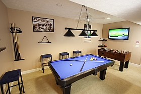 Sky Blue Vacation Condo, Myrtle Beach - Games Room Pool Table
